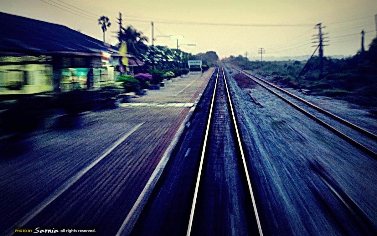 train in thai 7.JPG