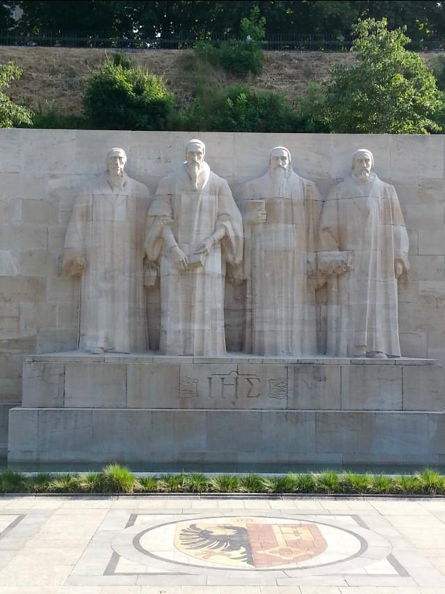 Mur des Réformateurs.jpg